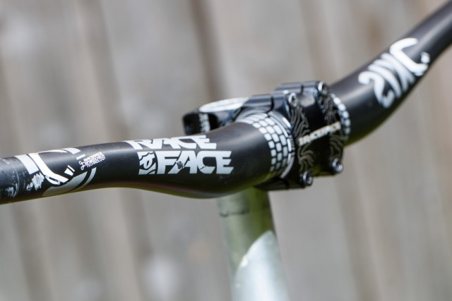 RACEFACE Bar Stem
